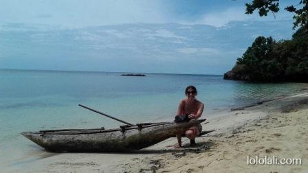 Disfrutando de una playa en Tufi, PNG, Oceanía