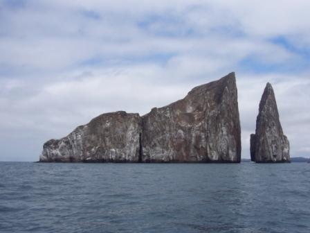 León Dormido, Galápagos, Ecuador. www.lololali.com