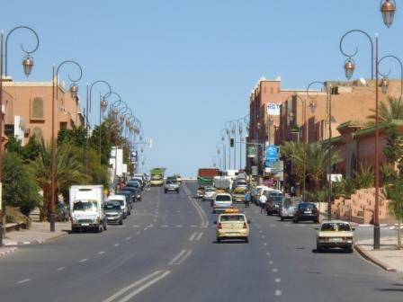 Ouarzazarte Entrance - Main Avenue