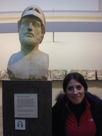 Lali y busto de Pericles