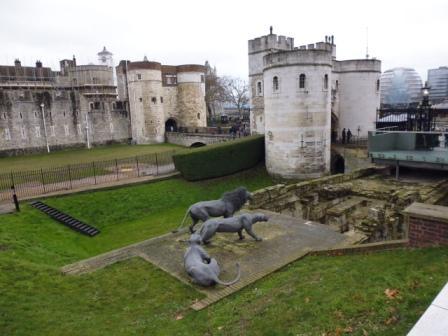 Vista externa de la Torre de Londres
