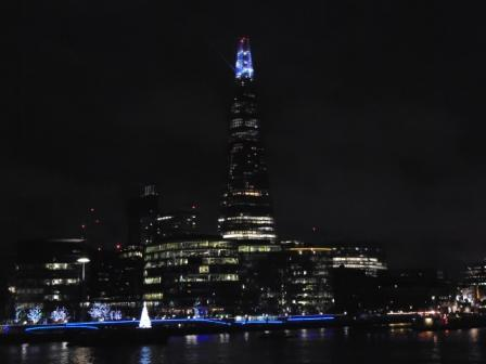 Vista nocturna de The Shard