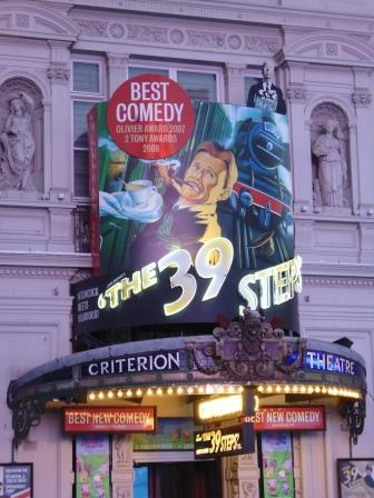 Teatro en Piccadilly Circus donde vi la obra The 39 Steps