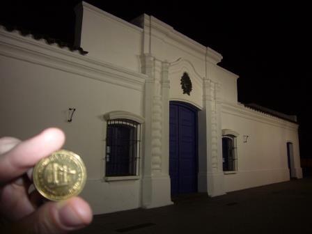 Tucumán - San Miguel de Tucumán - Casa Histórica de Tucumán y moneda de 50 ctvos donde se ve la misma