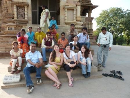 En los templos Khajuraho. www.lololali.com