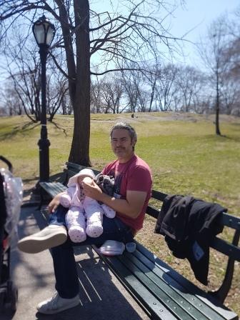 Tomando la mema con mi papá en el Central Park. www.lololali.com