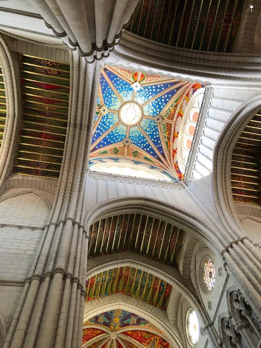 Catedral de Almudena por dentro