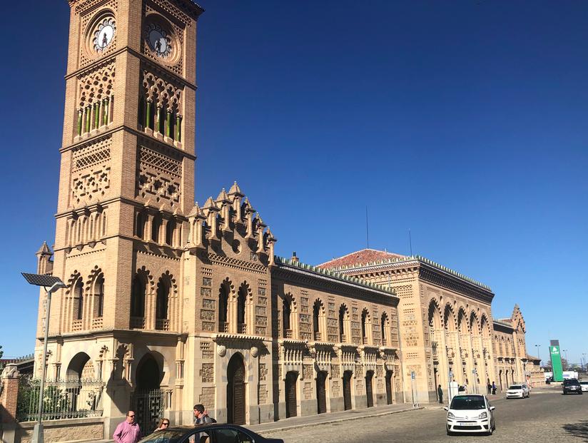 Estación de tren de Toledo, estilo neomudéjar